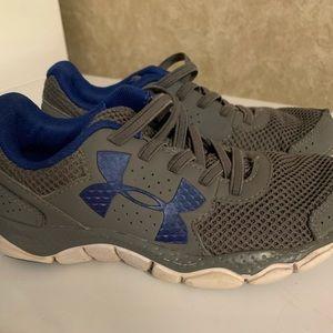 Boys UA shoes